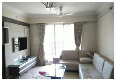 Gallery Cover Image of 910 Sq.ft 2 BHK Apartment for rent in Ekta Lake Homes, Powai for 52000