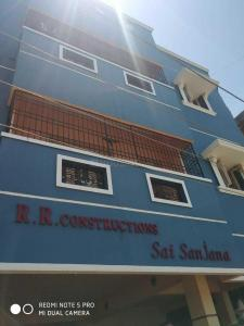Gallery Cover Image of 1040 Sq.ft 2 BHK Apartment for rent in Kolathur for 12000