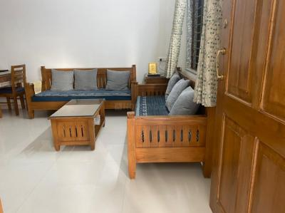 Gallery Cover Image of 2000 Sq.ft 4 BHK Independent House for buy in Bopal for 10000000