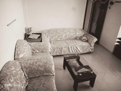 Gallery Cover Image of 900 Sq.ft 2 BHK Apartment for rent in Dahisar West for 35000