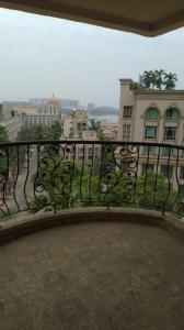Gallery Cover Image of 2500 Sq.ft 4 BHK Apartment for buy in Hiranandani Gardens Solitaire, Powai for 70000000