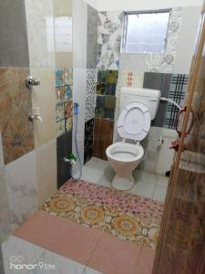 Common Bathroom Image of PG 5078243 East Kolkata Township in East Kolkata Township