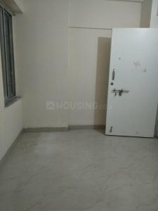 Gallery Cover Image of 300 Sq.ft 1 BHK Apartment for rent in Prabhadevi for 15000