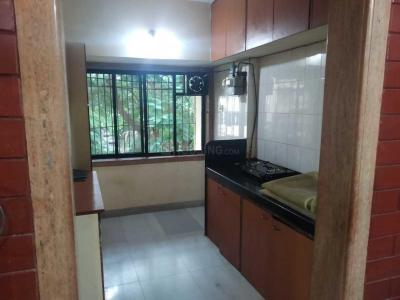 Gallery Cover Image of 500 Sq.ft 1 BHK Apartment for rent in Sea Beach View CHSL, Bandra West for 55000