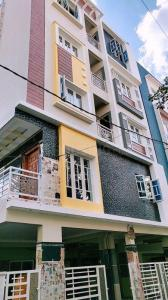 Gallery Cover Image of 1350 Sq.ft 2 BHK Apartment for buy in Arakere for 32000000