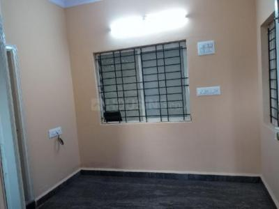 Gallery Cover Image of 600 Sq.ft 2 BHK Apartment for rent in New Thippasandra for 15000