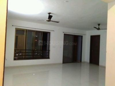 Gallery Cover Image of 1600 Sq.ft 3 BHK Apartment for rent in Fursungi for 26000