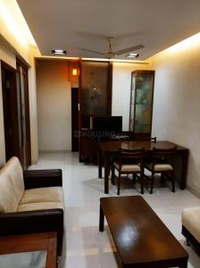 Gallery Cover Image of 1000 Sq.ft 2 BHK Apartment for rent in Khar friend's, Khar West for 80000