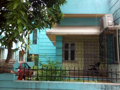 Gallery Cover Image of 1200 Sq.ft 3 BHK Independent House for rent in Salt Lake City for 18000