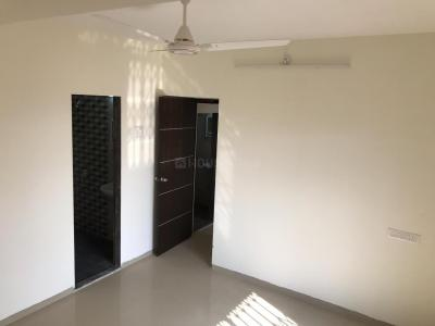 Gallery Cover Image of 645 Sq.ft 1 BHK Apartment for rent in Hiranandani Estate for 19000