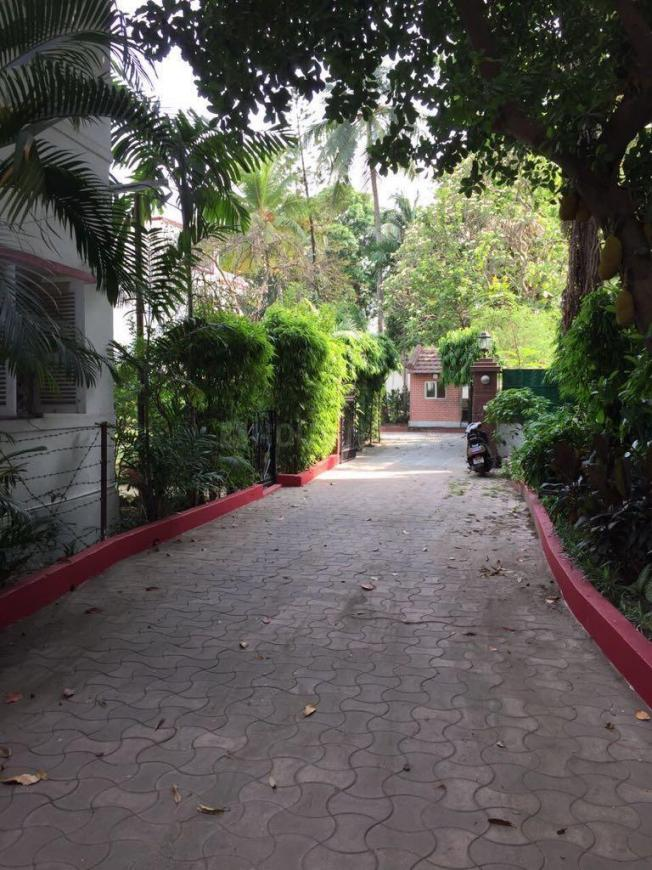 Passage Image of 3500 Sq.ft 4 BHK Independent House for rent in Alipore for 250000