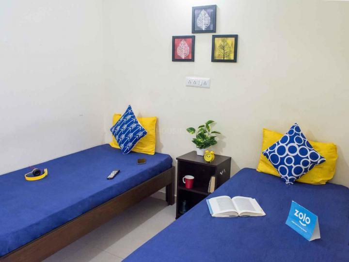 बीटीएम लेआउट में ज़ोलो हिबिसकुस में बेडरूम की तस्वीर