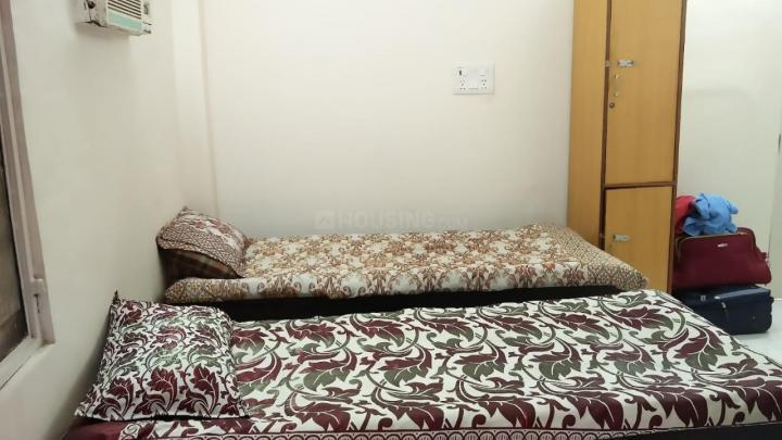सेक्टर 2 रोहिणी में धनश्वी पेइंग गेस्ट के हॉल की तस्वीर