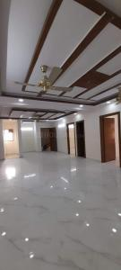 Gallery Cover Image of 3150 Sq.ft 4 BHK Independent Floor for buy in Green Field Colony for 9000000