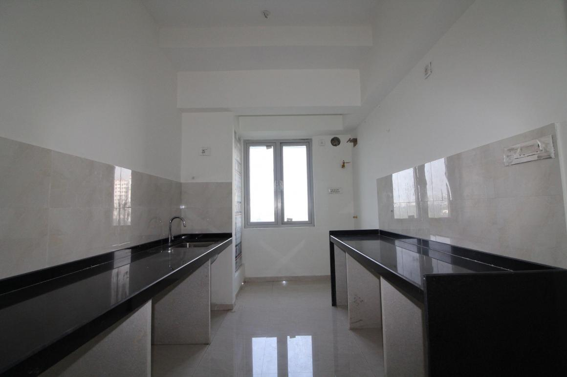 Kitchen Image of 936 Sq.ft 3 BHK Apartment for rent in Mulund West for 42000