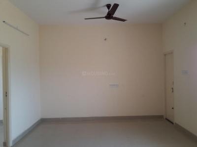 Gallery Cover Image of 870 Sq.ft 2 BHK Apartment for rent in Adhanur for 9000