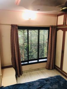 Gallery Cover Image of 700 Sq.ft 1 BHK Apartment for rent in Thane West for 19000