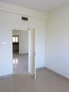 Gallery Cover Image of 869 Sq.ft 2 BHK Apartment for buy in Korattur for 4996000
