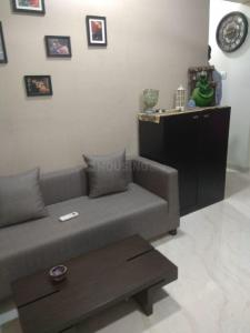Gallery Cover Image of 670 Sq.ft 1 BHK Apartment for rent in Worli for 65000