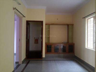 Gallery Cover Image of 800 Sq.ft 2 BHK Apartment for rent in Banashankari for 14500