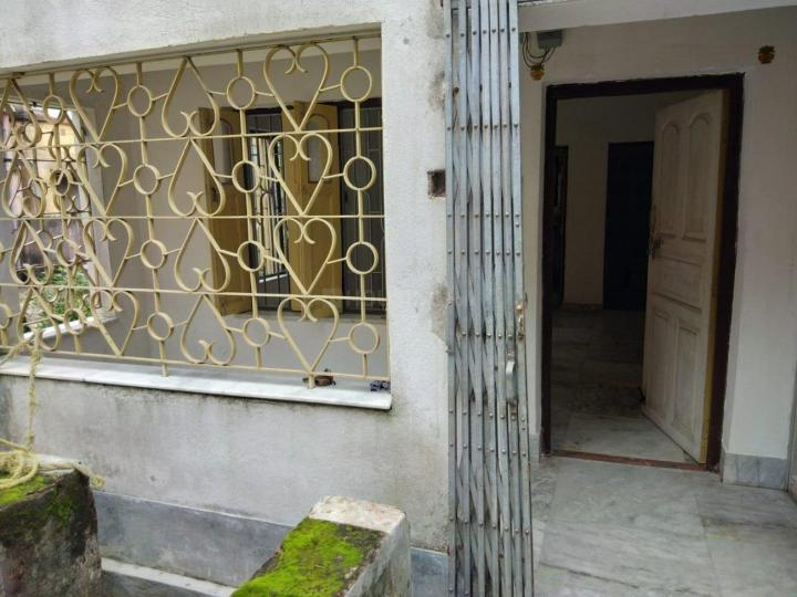 Main Entrance Image of 350 Sq.ft 1 BHK Independent House for rent in Budge Budge for 4000