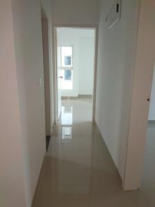 Gallery Cover Image of 1350 Sq.ft 3 BHK Apartment for rent in Kondhwa for 13000