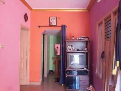 Gallery Cover Image of 750 Sq.ft 2 BHK Independent Floor for rent in Hosakerehalli for 10000