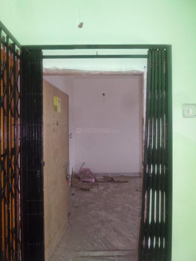 Main Entrance Image of 537 Sq.ft 1 BHK Apartment for buy in Purba Putiary for 1800000