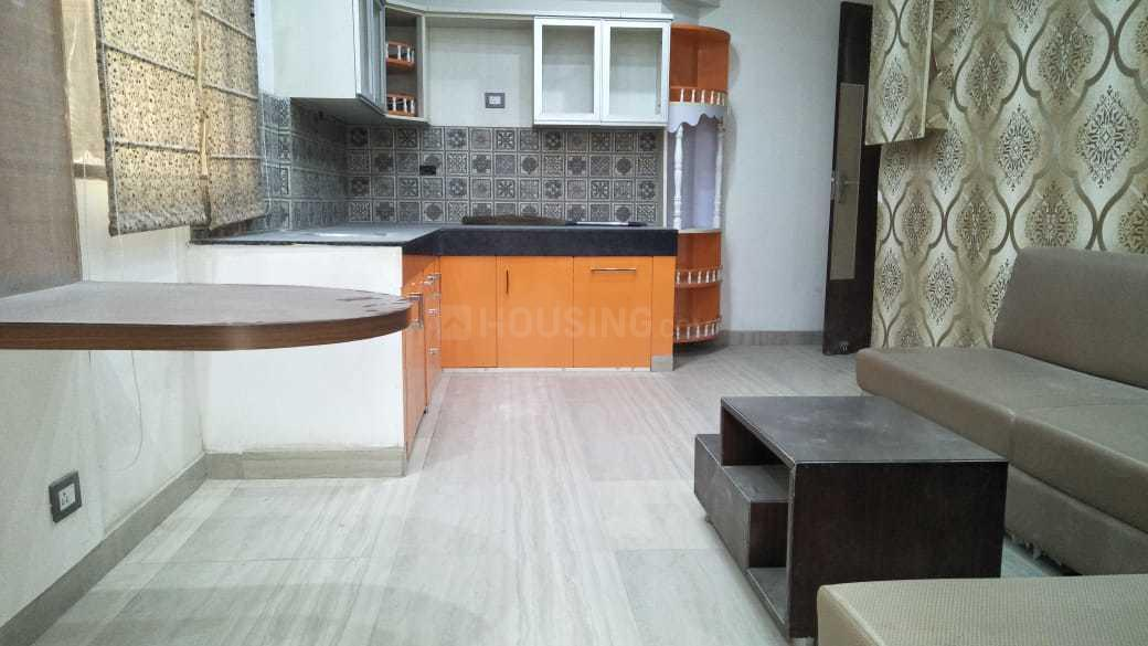 Kitchen Image of 900 Sq.ft 2 BHK Apartment for buy in Sector 81 for 2350000
