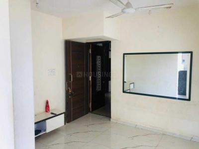 Gallery Cover Image of 900 Sq.ft 2 BHK Apartment for rent in Kandivali West for 35000