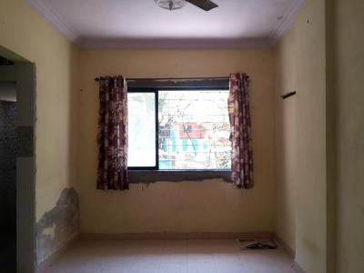 Gallery Cover Image of 650 Sq.ft 1 BHK Apartment for rent in Kandivali West for 18500