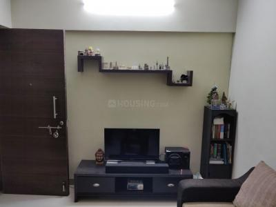 Gallery Cover Image of 594 Sq.ft 1 BHK Apartment for rent in Thane West for 20000