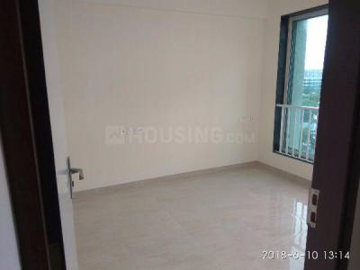 Gallery Cover Image of 450 Sq.ft 1 BHK Apartment for rent in Malad West for 17000
