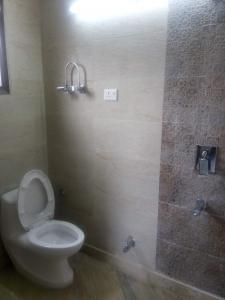 Bathroom Image of Kalra PG in East Of Kailash