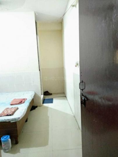 Bedroom Image of Bhav PG in Laxmi Nagar