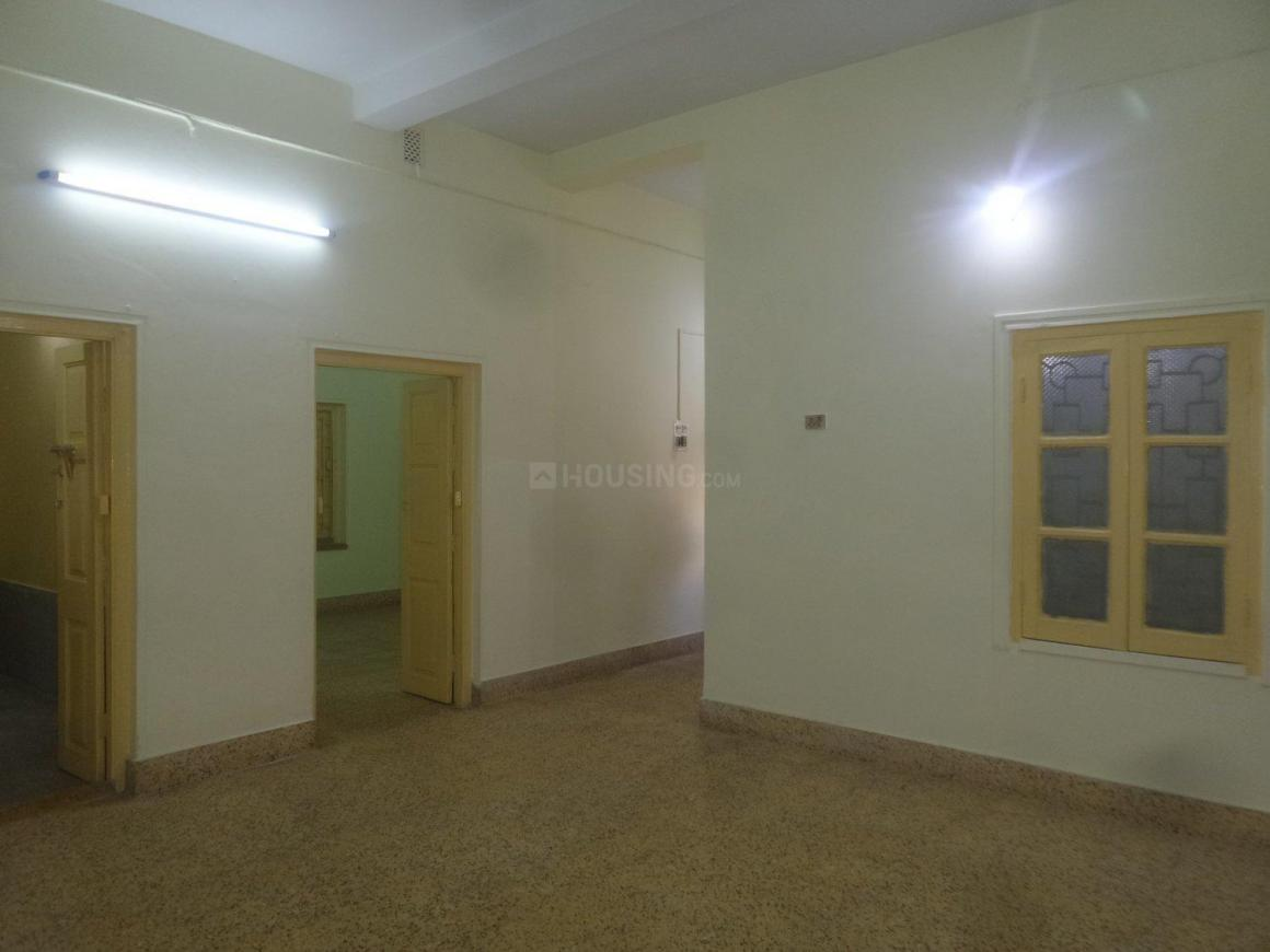 Living Room Image of 1600 Sq.ft 3 BHK Apartment for rent in Lake Gardens for 25000