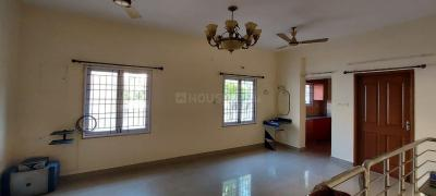 Gallery Cover Image of 1200 Sq.ft 3 BHK Apartment for rent in Vengaivasal for 15000