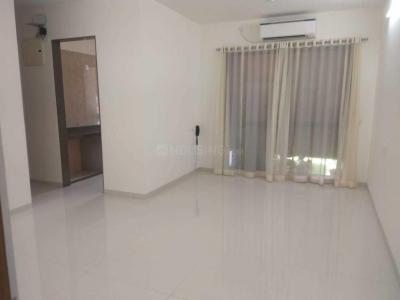 Gallery Cover Image of 650 Sq.ft 1 BHK Apartment for rent in Kanjurmarg East for 15000