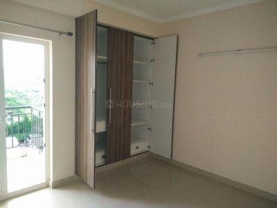 Gallery Cover Image of 825 Sq.ft 2 BHK Apartment for rent in Sector 137 for 13500