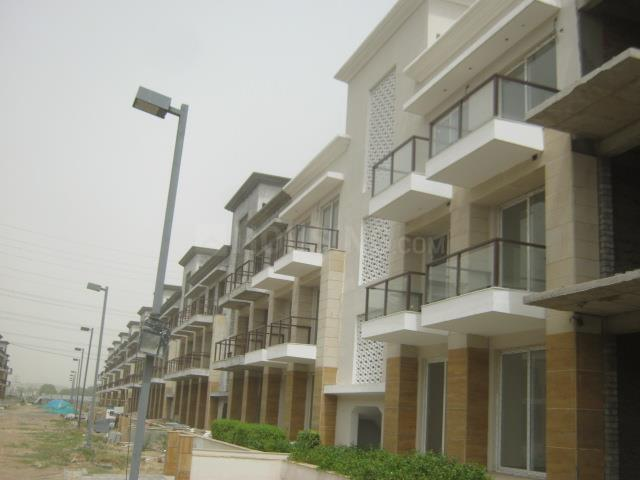 Building Image of 1750 Sq.ft 4 BHK Independent Floor for rent in Sector 70A for 30000