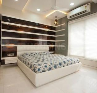 Gallery Cover Image of 1499 Sq.ft 3 BHK Apartment for buy in Kanakia Paris, Bandra East for 37400000