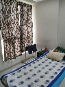 Gallery Cover Image of 987 Sq.ft 2 BHK Apartment for rent in Thane West for 25000