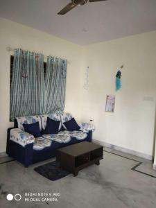 Gallery Cover Image of 1248 Sq.ft 2 BHK Apartment for buy in Jayamahal for 9000000