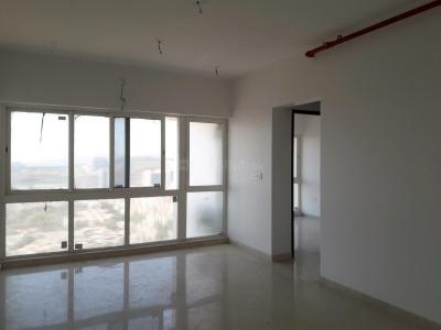 Gallery Cover Image of 1050 Sq.ft 2 BHK Apartment for rent in Goregaon East for 42000