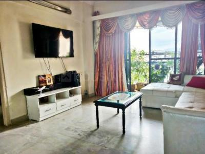 Gallery Cover Image of 1100 Sq.ft 2 BHK Apartment for rent in Malad West for 45000