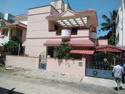 Gallery Cover Image of 2500 Sq.ft 4 BHK Independent House for buy in Medavakkam for 17500000