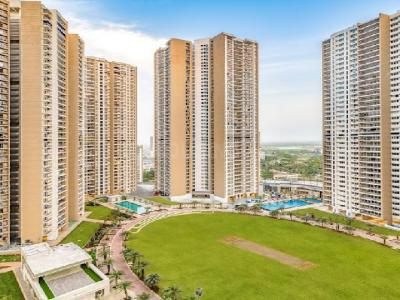 Gallery Cover Image of 900 Sq.ft 2 BHK Apartment for buy in Runwal Uncage, Mulund West for 13100000