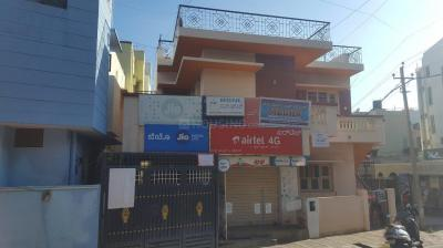 Gallery Cover Image of 500 Sq.ft 1 RK Independent House for rent in Kumaraswamy Layout for 8500