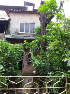 Gallery Cover Image of 400 Sq.ft 2 RK Independent House for buy in Kalyan West for 5500000
