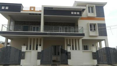 Gallery Cover Image of 2200 Sq.ft 3 BHK Independent House for rent in TVS Green Hills Villas, Perungalathur for 20000